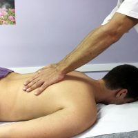 What Is the Difference Between a Chiropractor and a Physical Therapist?